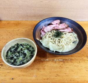 海苔つけ麺